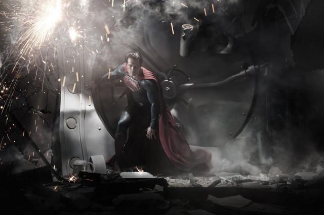 superman-man-of-steel-movie-image-henry-cavill-01