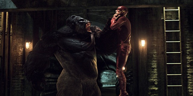 "The Flash -- ""Grodd Lives"" -- Image FLA121_SG_049.020.001 -- Pictured (L-R): Grodd and Grant Gustin as Barry Allen / The Flash -- Photo: The CW -- © 2015 The CW Network, LLC. All rights reserved."