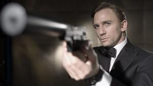 Daniel Craig - Headshot