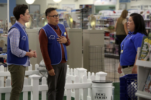 superstore-footage-3
