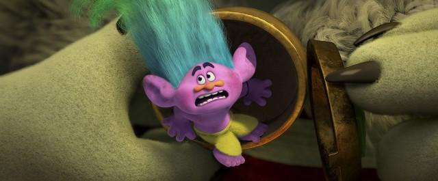trolls-footage-9